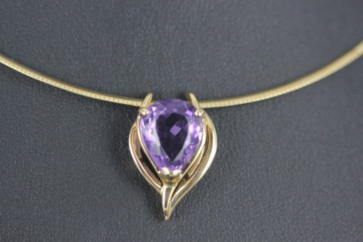 Amethyst & Gold Pendent