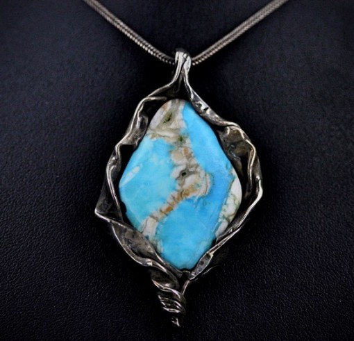 Map Turquoise necklace in silver